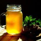 Березовый сок с изюмом-отличная основа для кваса